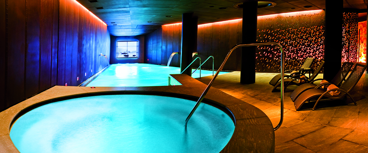 Area Wellness Indoor Pool