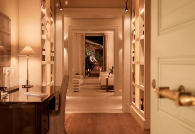 Rocco Forte Hotel -Hotel-de-Russie---Nijinsky-Suite-Entrance-and-Library