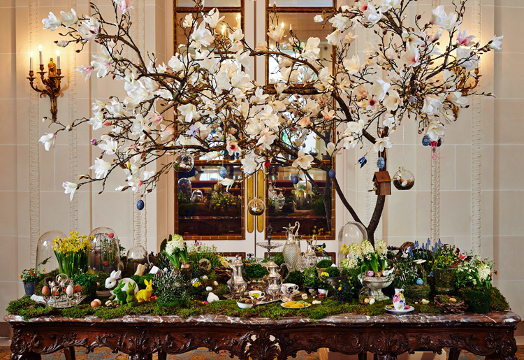 Easter Lobby Table Bristol Paris