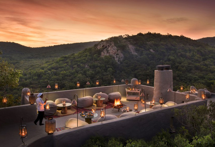 phinda rock lodge rooftop dining